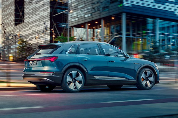 2019 Audi e-tron® Specs, Performance & Safety