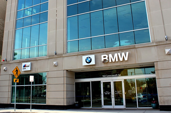 Herb Chambers BMW of Boston dealer