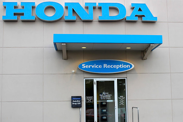 Herb Chambers Honda of Burlington service reception