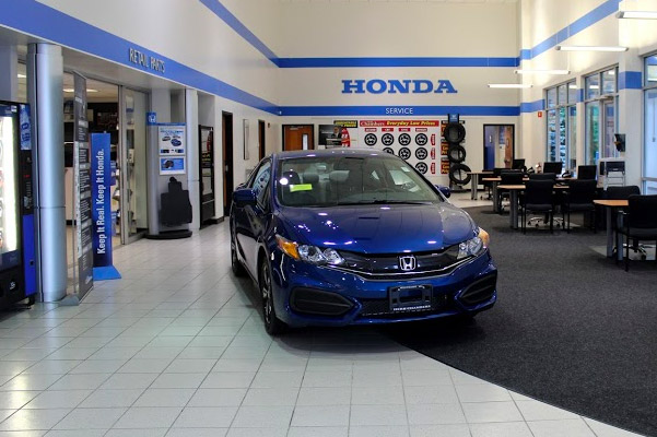 Herb Chambers Honda of Westborough interior reception