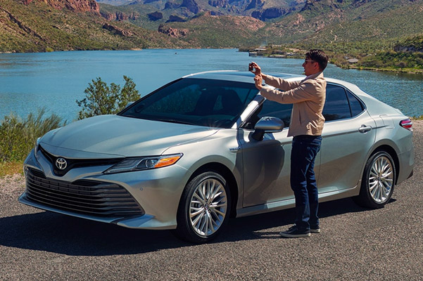 Finance a 2019 Toyota Camry Hybrid near Cambridge, MA