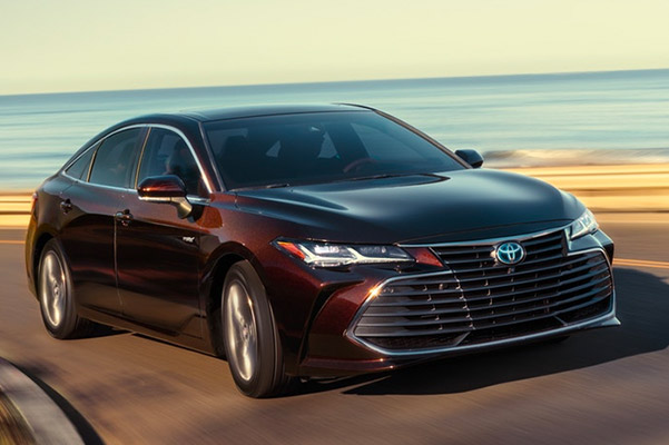 2019 Toyota Avalon Hybrid Specials